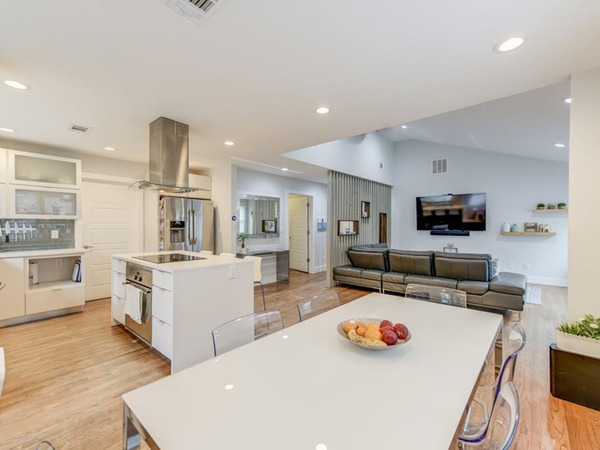Beautiful open concept kitchen remodeled by contractor in Atlanta